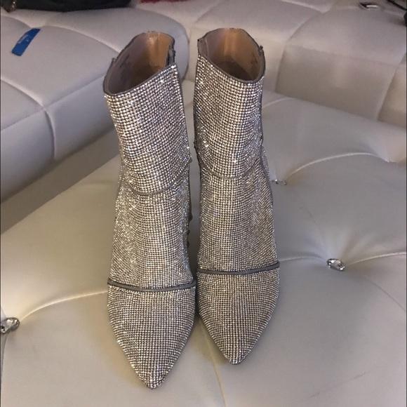 582553f6eb1 Steve Madden silver studded catwalk booties